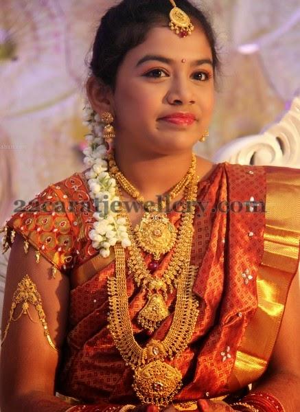 Traditional Jewelry For Saree Ceremony Jewellery Designs