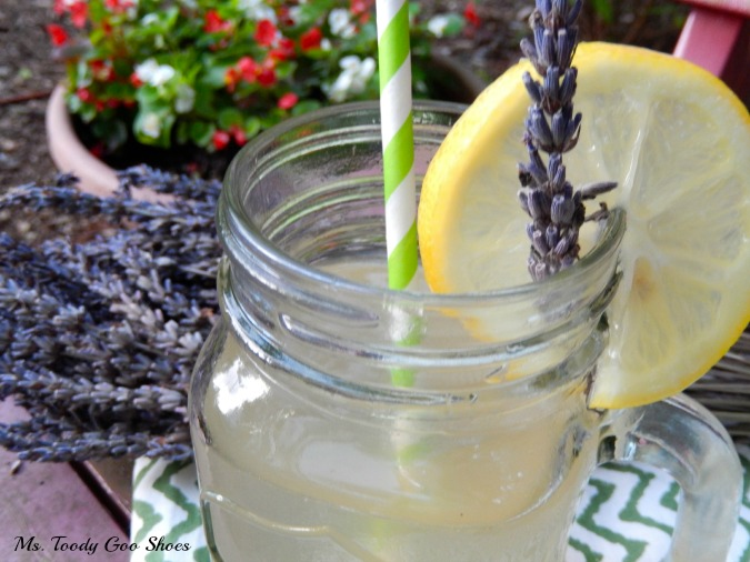 Blueberry Lavender Lemonade: Add 1 cup blueberries with sugar and ...