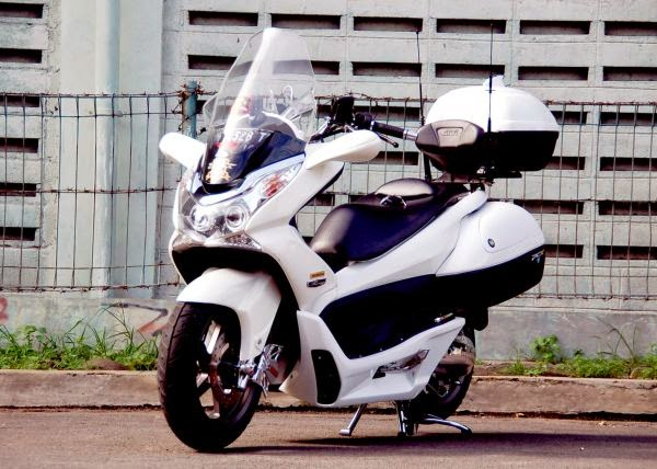 Modifikasi Honda PCX 125 Touring