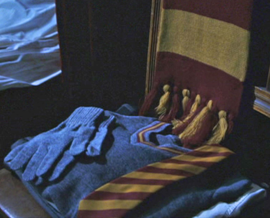 Big Knitting Trouble: Pattern Round-Up: The Hogwarts Scarf