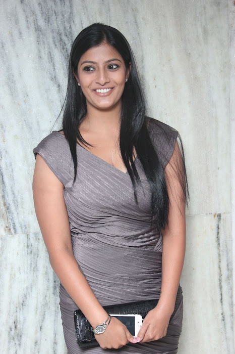 varalakshmi at jk tyre - duchess all women's car rally 2012 prize distribution ceremony actress pics