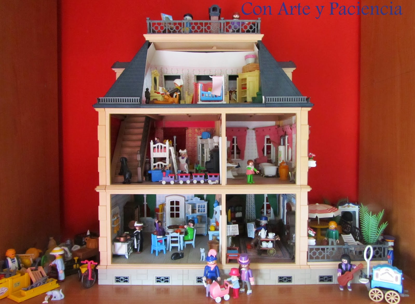 Ante todo con arte y paciencia casa 1900 playmobil for Decoracion casas 1900