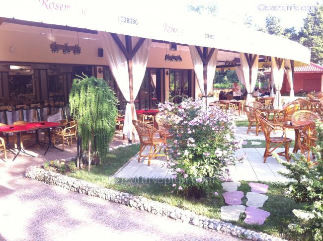 Oferte cazare statiunea Neptun -Romania. Preturi cazare Hoteluri-pensiuni si vile cu adrese si numere de telefon, poze din fiecare camera