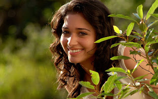 Tamanna Bhatia in the garden cute smile wallpapers