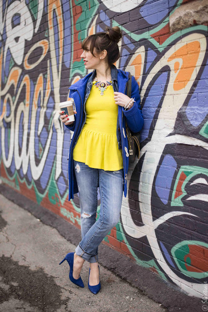 amarelo com azul