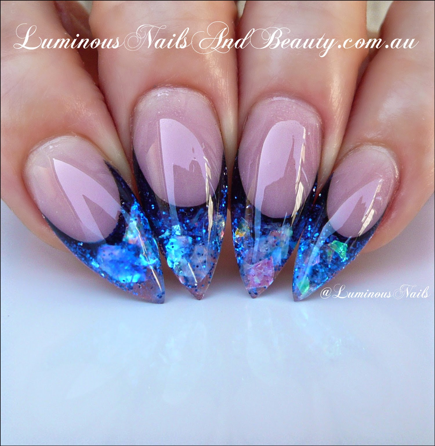 black and blue nail designs