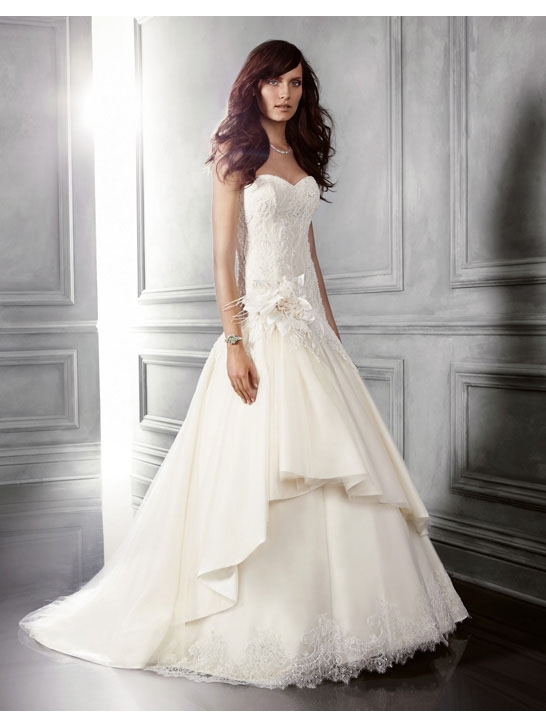 Lange Brautkleider Online Blog: Wie wählen Sie die perfekte Brautkleid