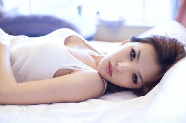 Wang Yijing  sexy in bikini