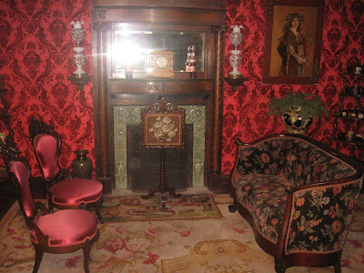 Tulsa tiny stuff victorian rooms cabins Victorian living room decorating ideas with pics