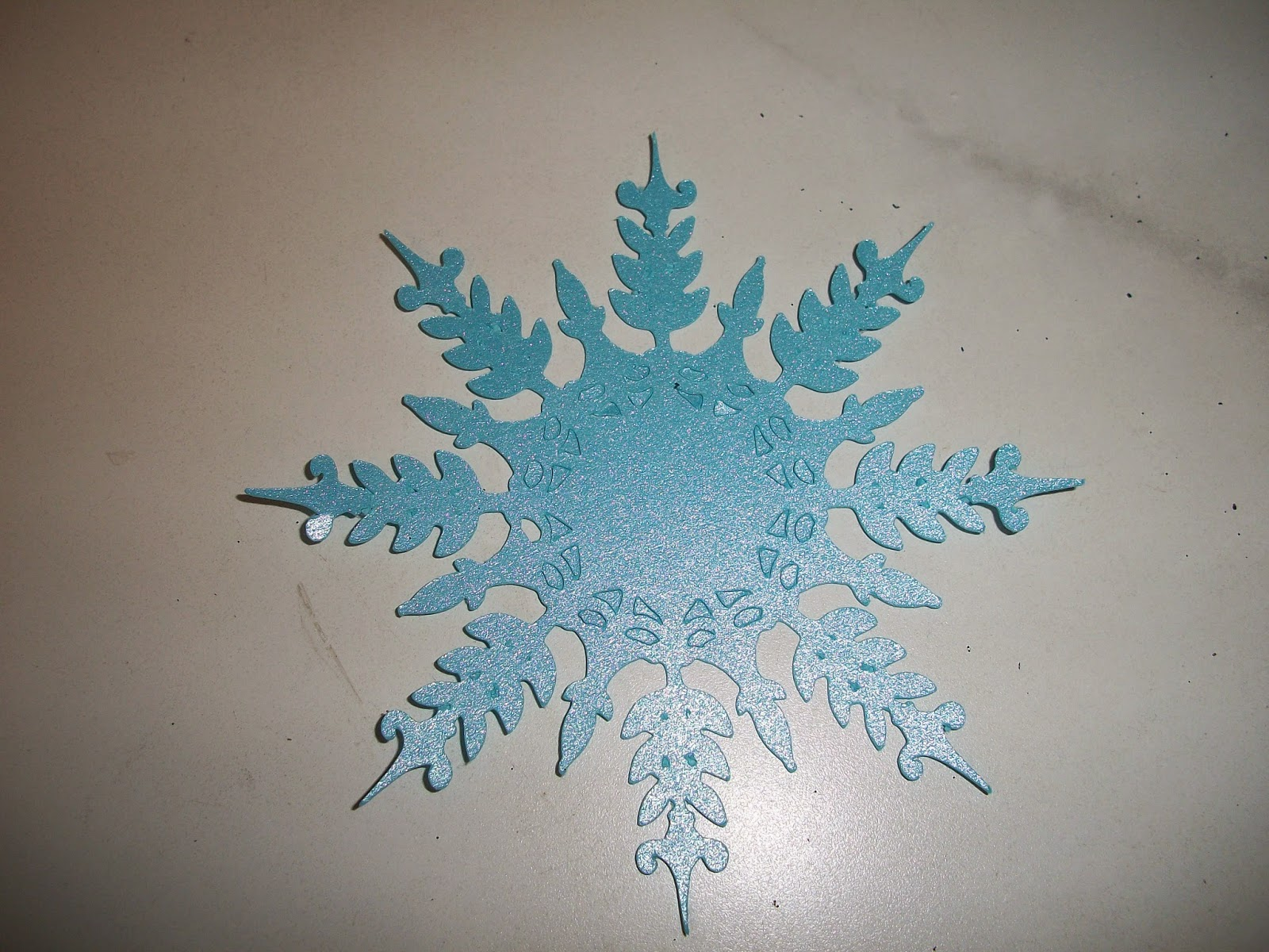 Snowflake Cut Using Cricut Machine