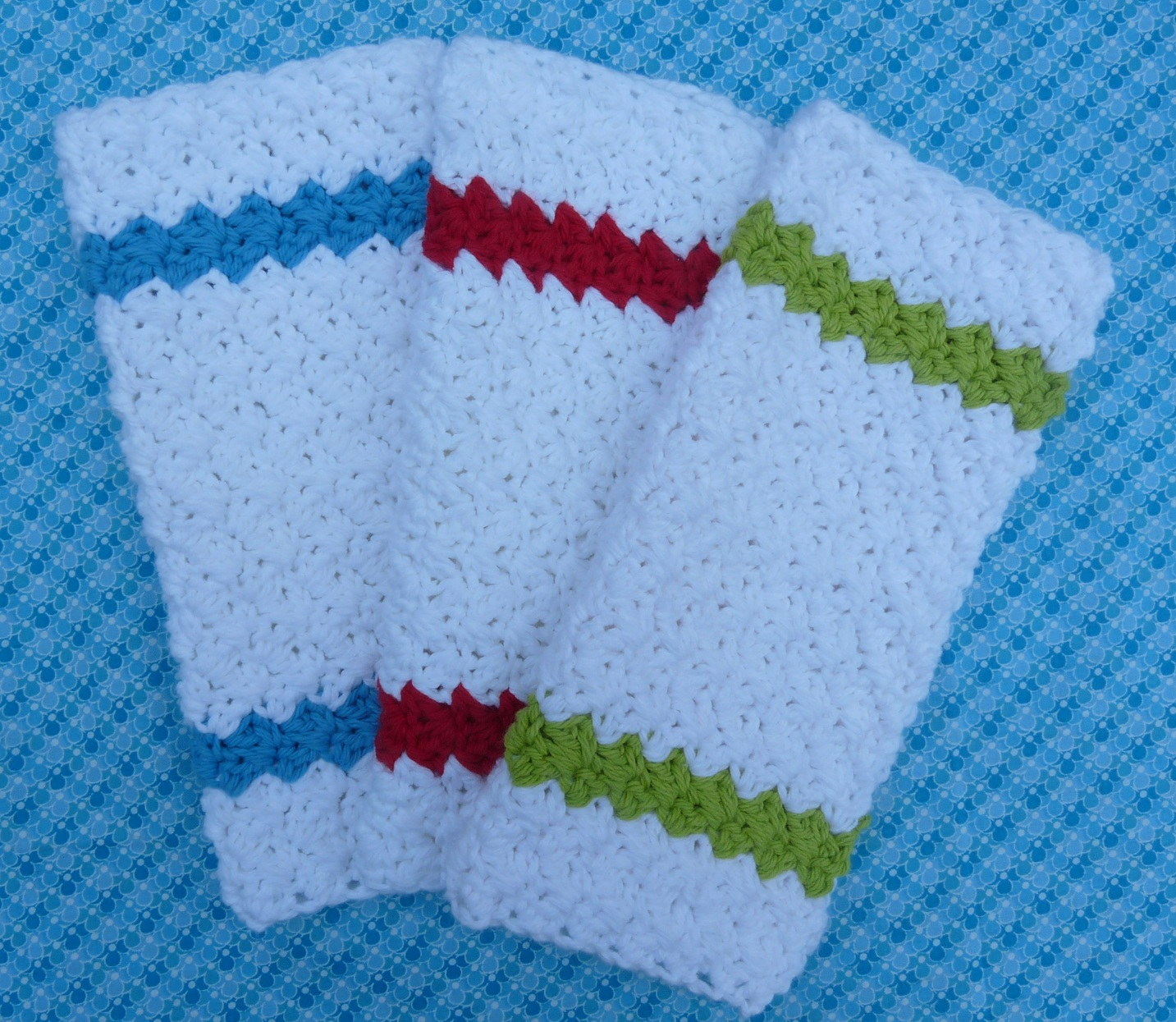 Free Crochet Pattern For Easy Dishcloth : Whiskers & Wool: Simple Stripes Dishcloth - Free Pattern