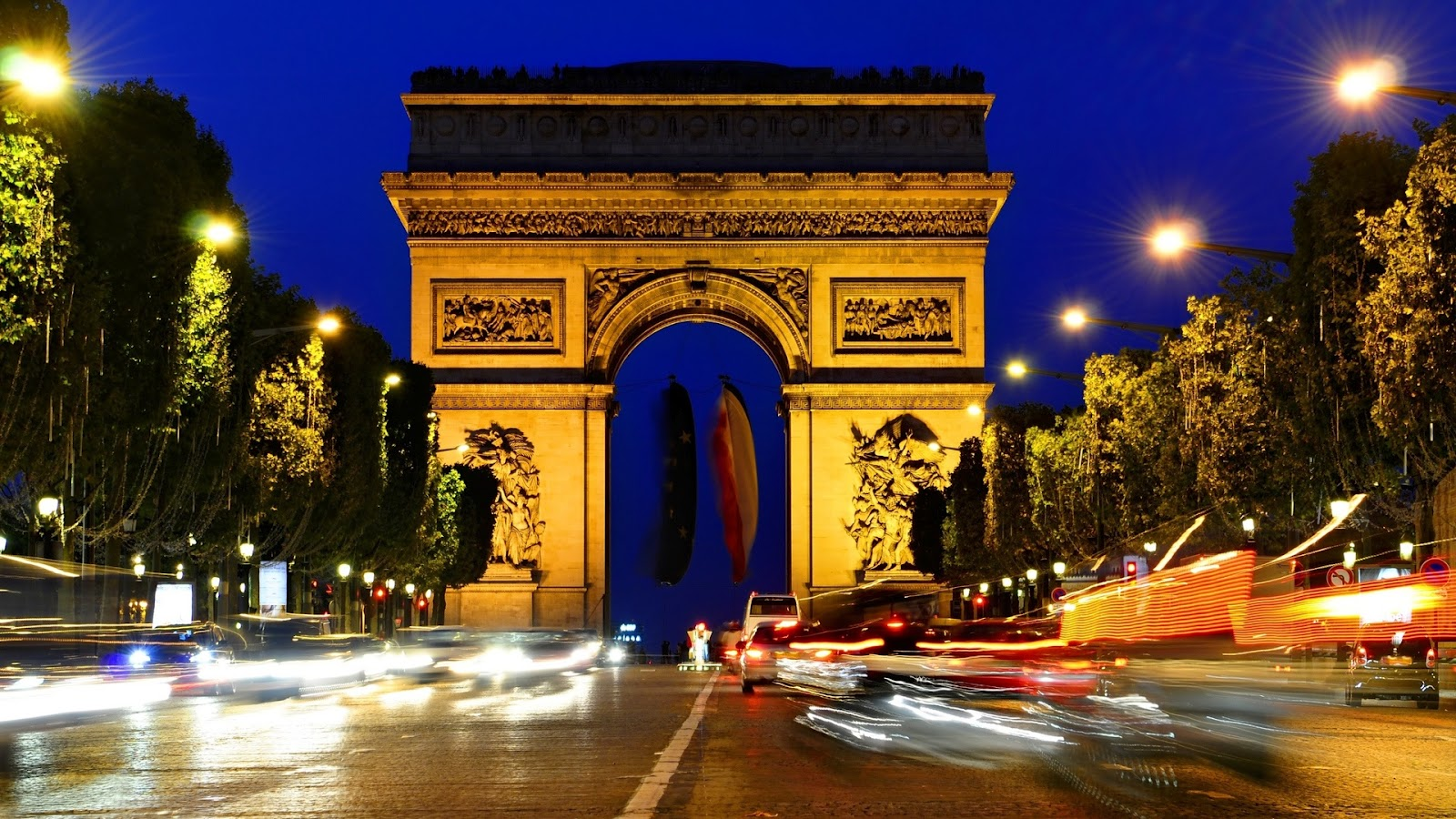 http://4.bp.blogspot.com/-zH8MgCqQnXI/UBDWJuVtkZI/AAAAAAAAD7k/XOirqOKl-Cs/s1600/Paris-Wallpaper-Arc-de-Triomphe-France-night-1920x1080.jpg