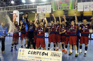 BALONMANO - El Barcelona sufre pero se lleva la Copa Asobal