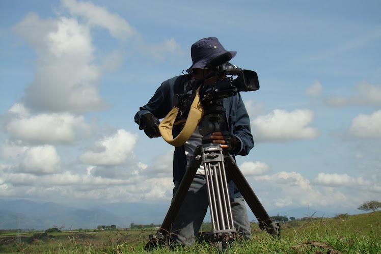 Director de Fotografia y director Javier Alvarez Galeano