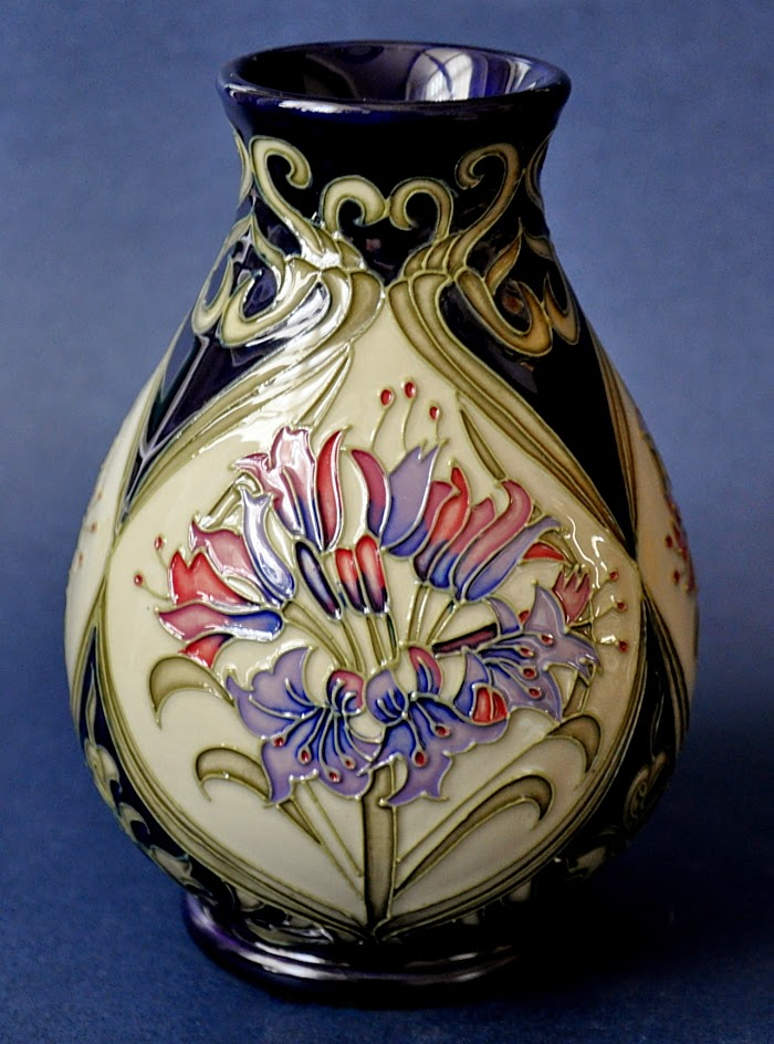 Moorcroft Pottery Art Pottery And Glass Stratford Upon