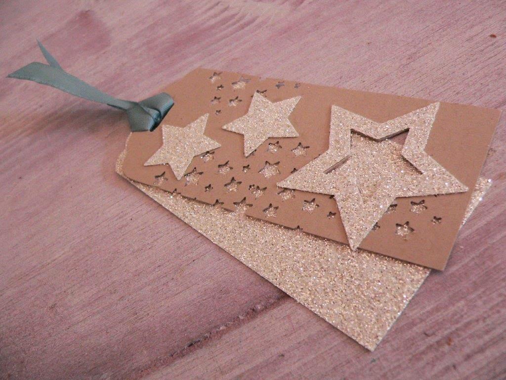 Weihnachten Geschenkanhäger Tag basteln Sterne Glitzer Geschenk