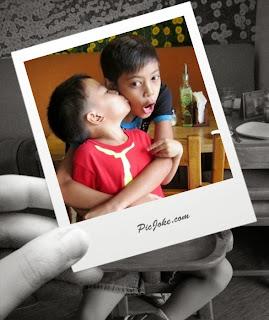 Polaroid effect from en.picjoke.net