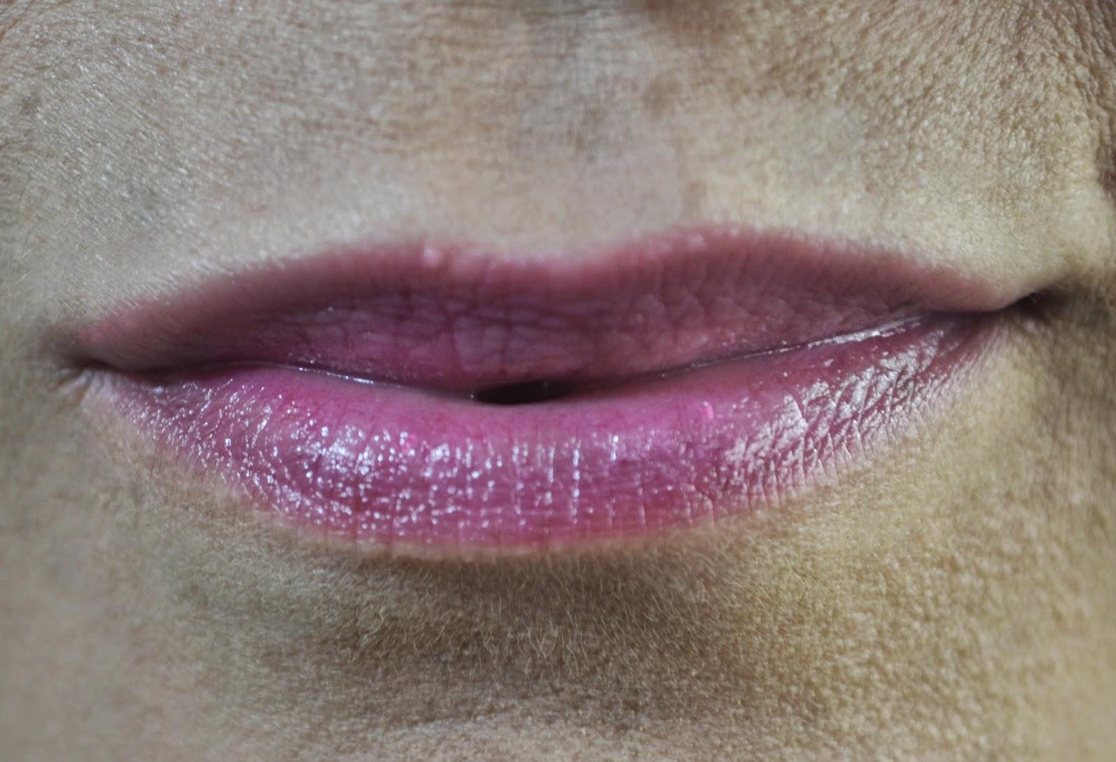 lip ice balm mentholatum