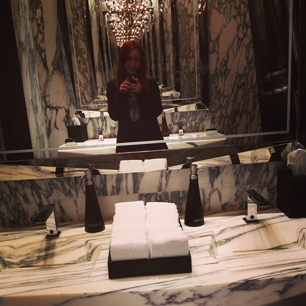 Restroom at The Ozone Bar, Ritz Carlton Hongkong