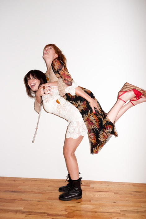 Florence Welch and Daisy Lowe by Terry Richardson