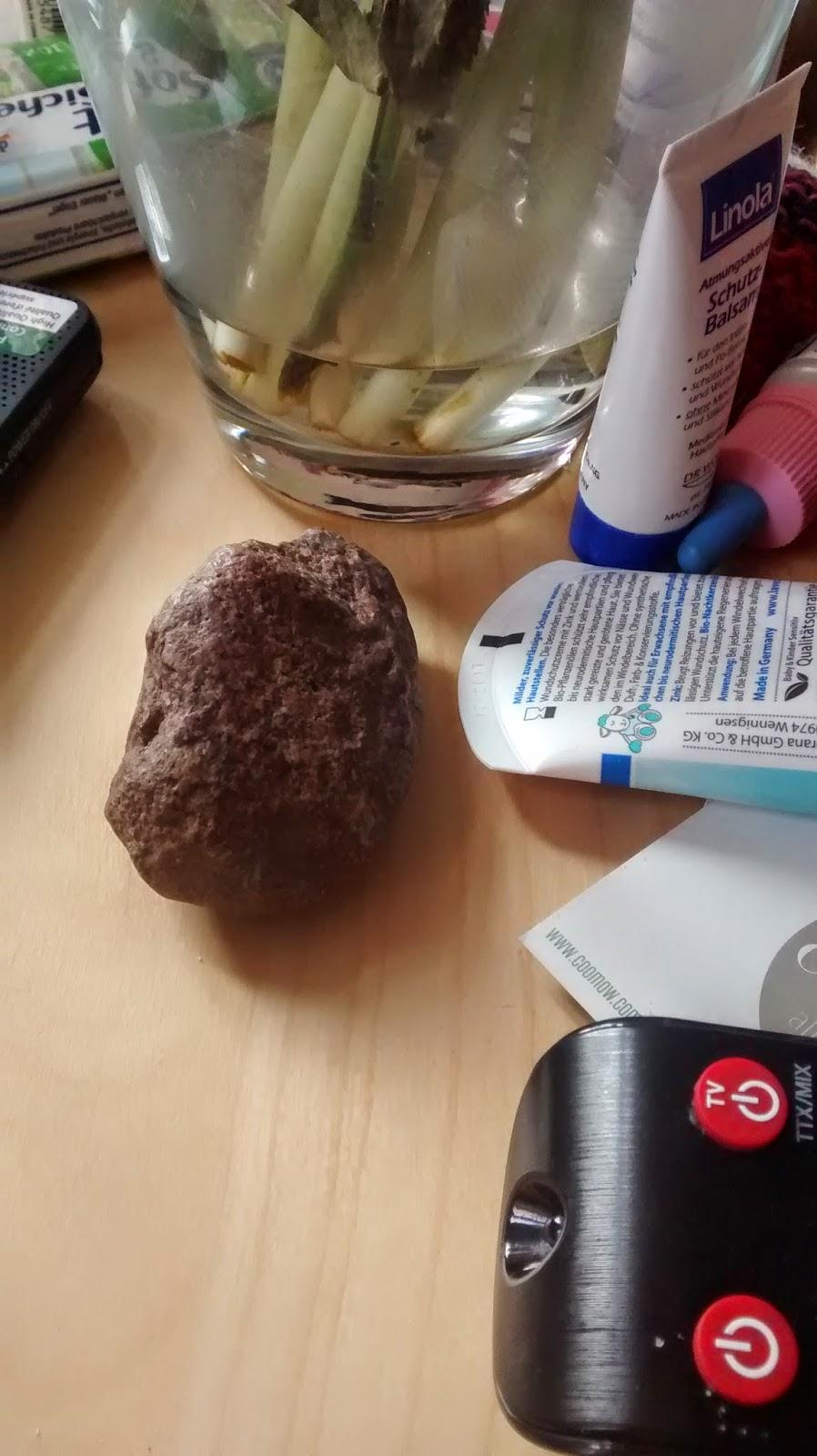 Runzelfuesschen_Kind liebt Steine