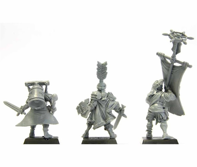 Empire / Mercenary / Pirate Musician Bell Ringer - Warhammer Forge photo