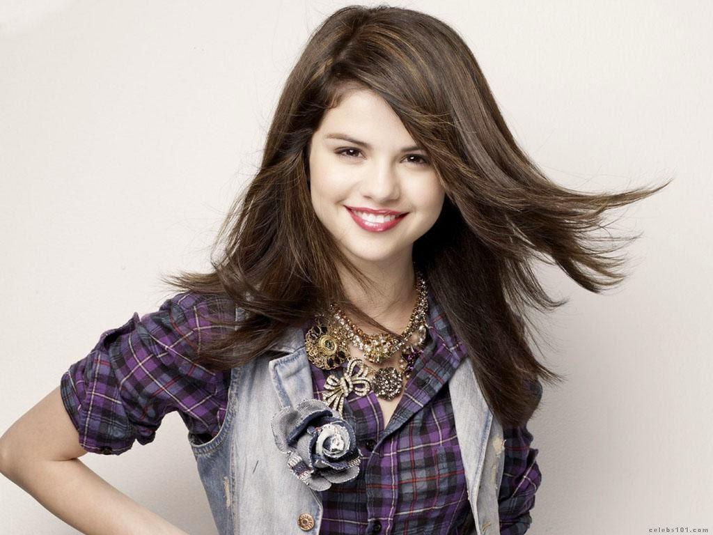 Selena Gomez HD Wallpapers