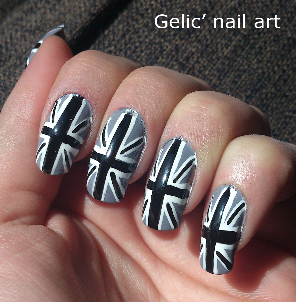 Gelic Nail Art Gray Union Jack Nail Art