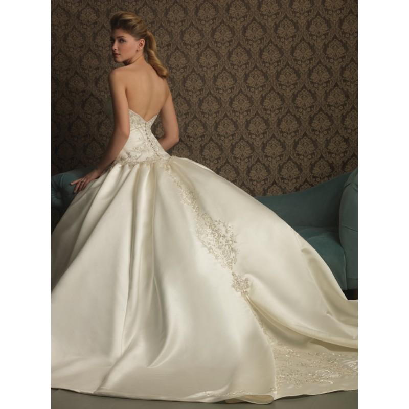 Ballroom weddings pic ballroom wedding dresses for Picture of wedding dresses