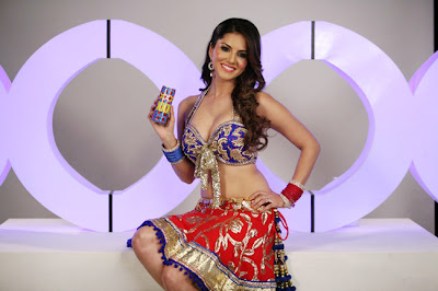Sunny-Leone-Energy-drink