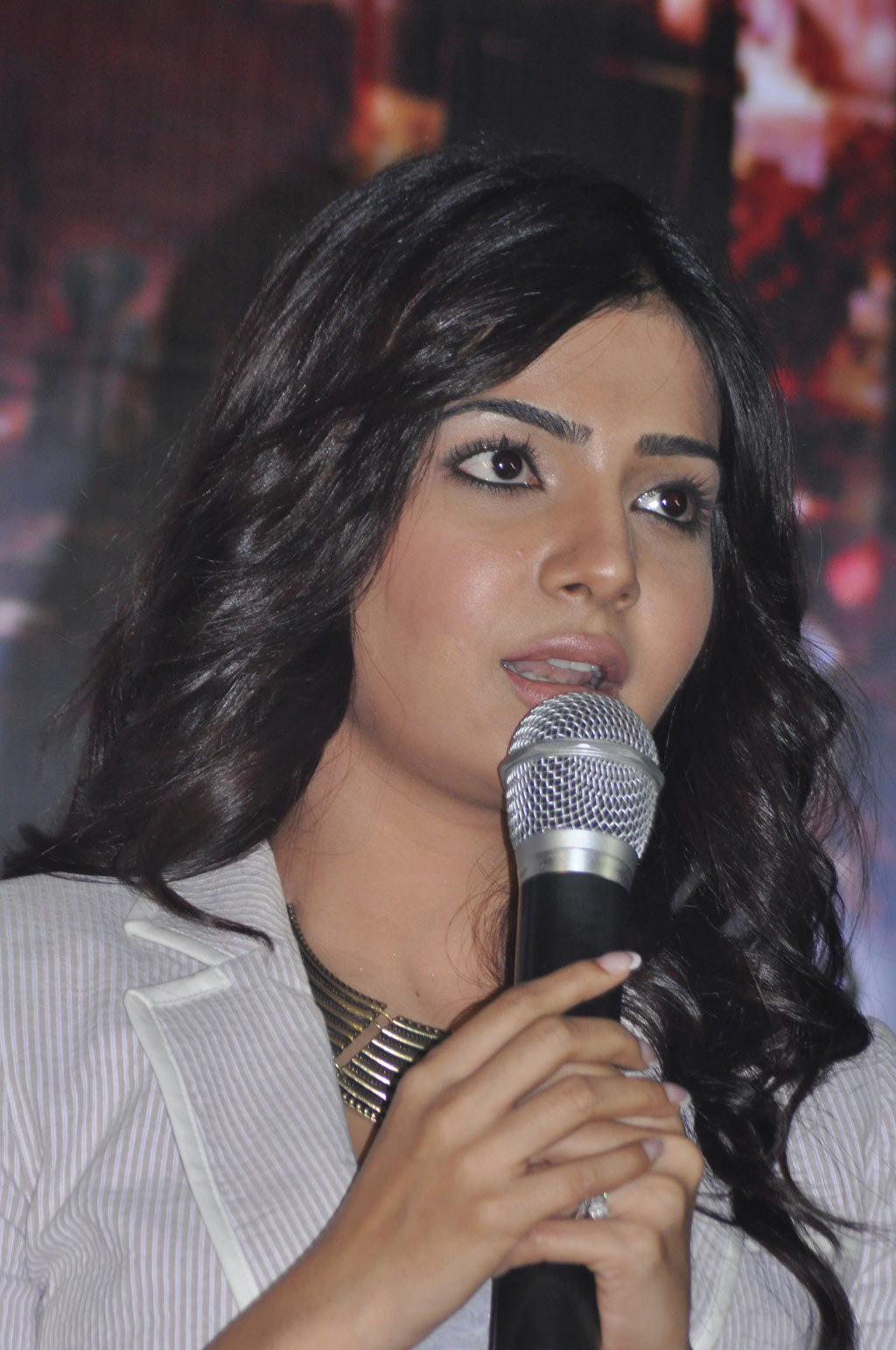 http://4.bp.blogspot.com/-zIlyObCDsUc/T0KFcgN-TkI/AAAAAAAADIg/0yeGtVTELhc/s1600/Samantha-At-Naan-Ee-Movie-Press-Meet-20.jpg