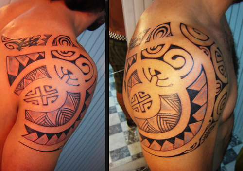 Tribal Shoulder TattooMaori Tattoo Design