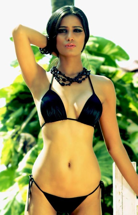 Poonam Pandey Hot Stills