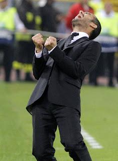 Guardiola se quedó con trofeo Mourinho