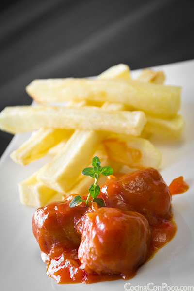 Albóndigas con tomate - receta paso a paso