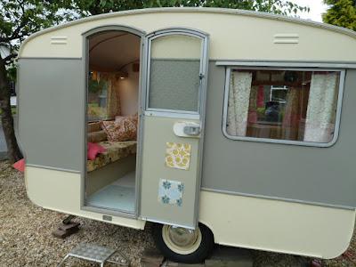 Crikey its a vintage caravan!