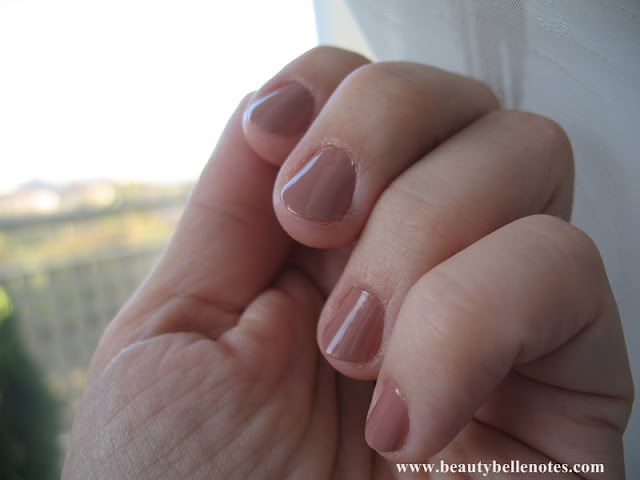Swatch Sephora Expert Manicure Nail Polish - 03 Tender Taupe
