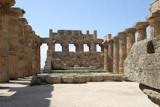 Innenbereich des Tempels E von Selinunt