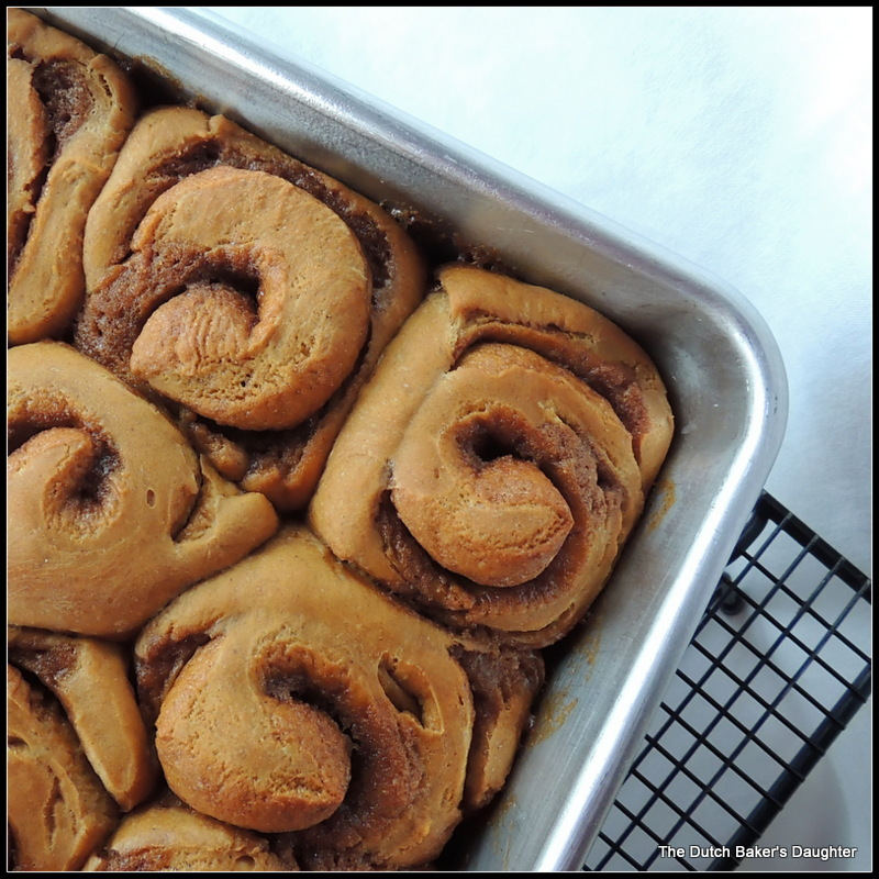 The Dutch Baker's Daughter: Gingerbread Cinnamon Rolls