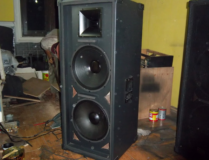 Speaker Threeway  MEDIUM  15 Inch