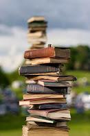 القراءه تمنحنا المتعه والعذاب التى نكتشف بها أنفسنا والآخرين من حولنا
