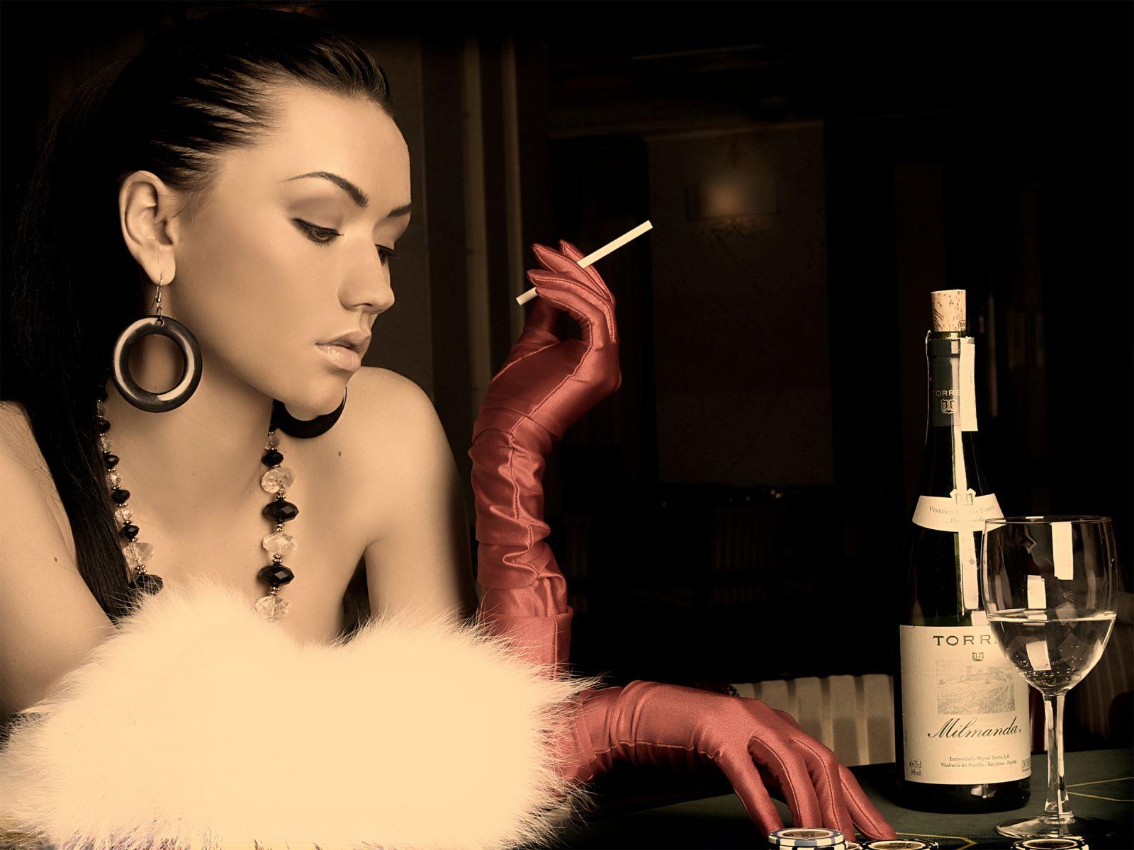 Фото девушка бокал вина сигарета