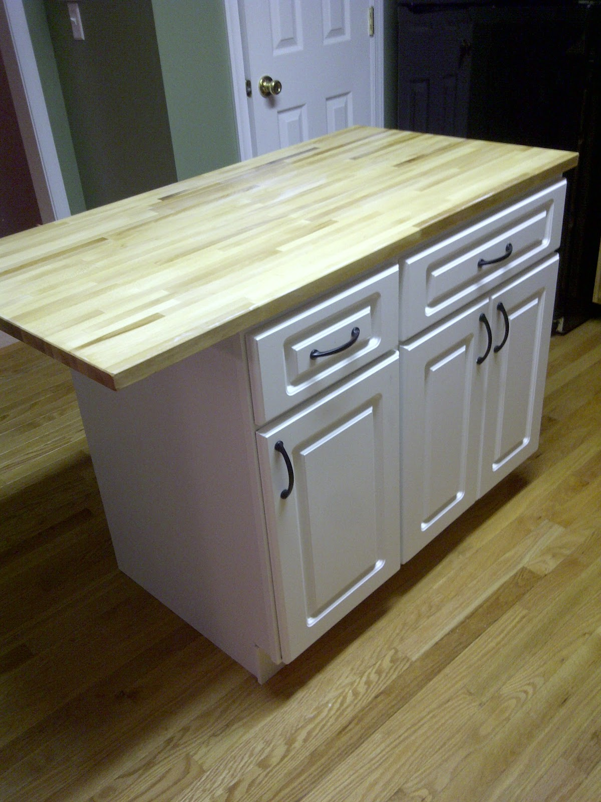 Misadventures in DIY Kitchen Island Part 2 and Reveal