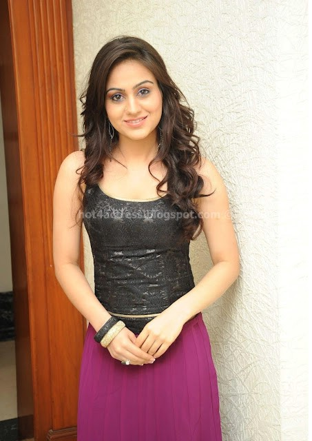 Aksha latest cute photos