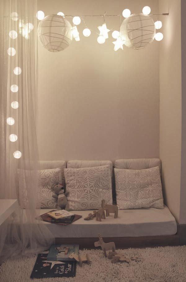 Rocco en mi sofa eso lo quiero yo una guirnalda de - Luces de lectura ...
