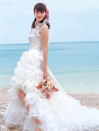 Turkish fashionable bridal wedding dresses collection for Wedding dresses in turkey