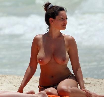 slip spostato in spiaggia