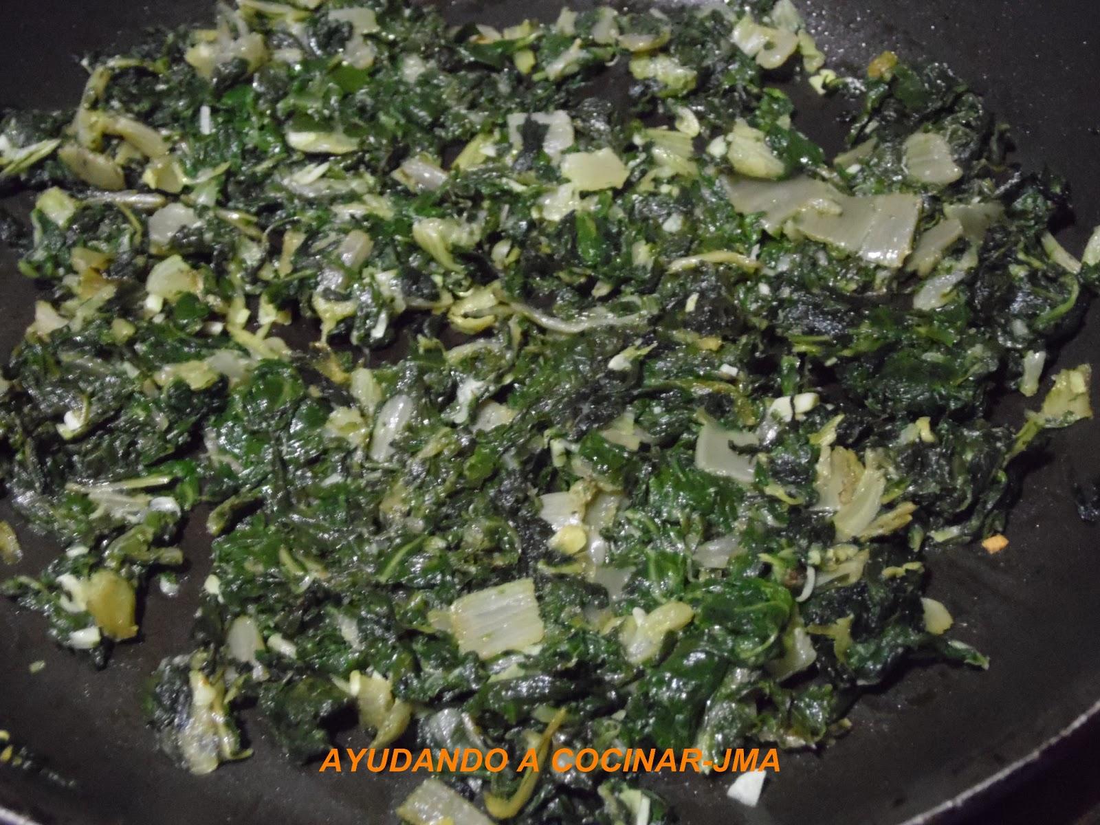 Ayudando a cocinar tortilla de acelgas for Como cocinar acelgas frescas