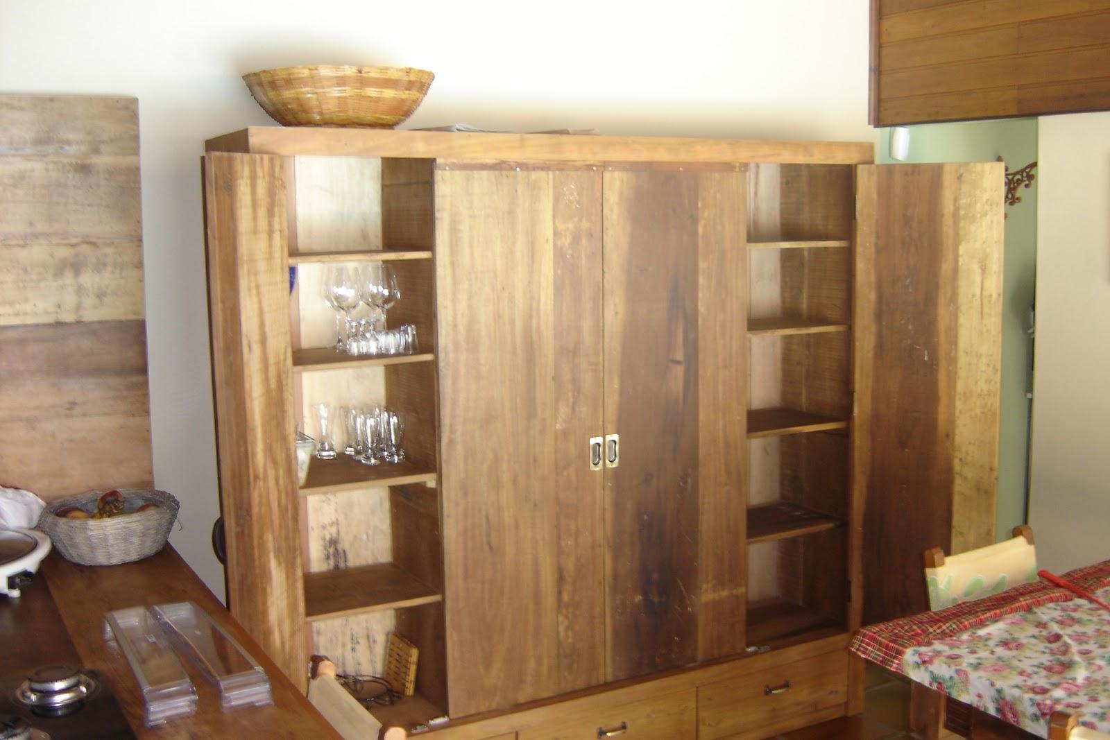 de peças e móveis: Armário multiuso em madeira de demolição #6B4328 1600x1067