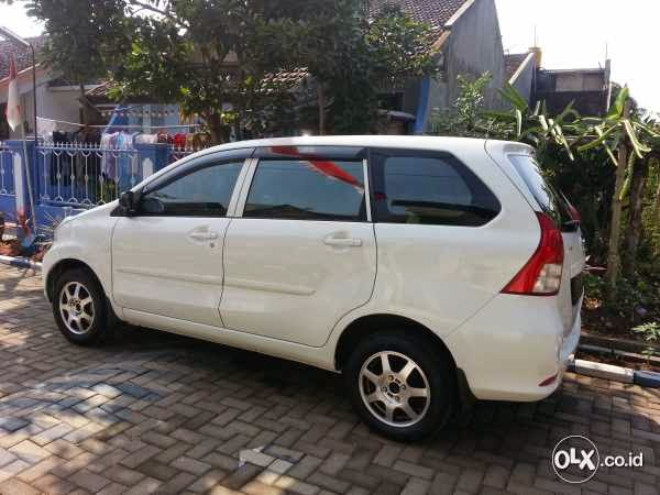 Jual Daihatsu Xenia Type R 1300 Warna Putih Tahun 2013 ...